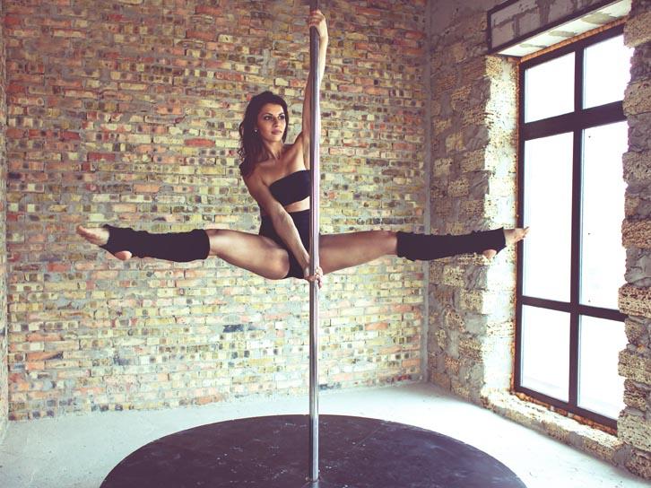 Skinny teen girl pole dancing 5